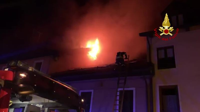 IL VIDEO DELLO SPAVENTOSO INCENDIO DI ASIAGO