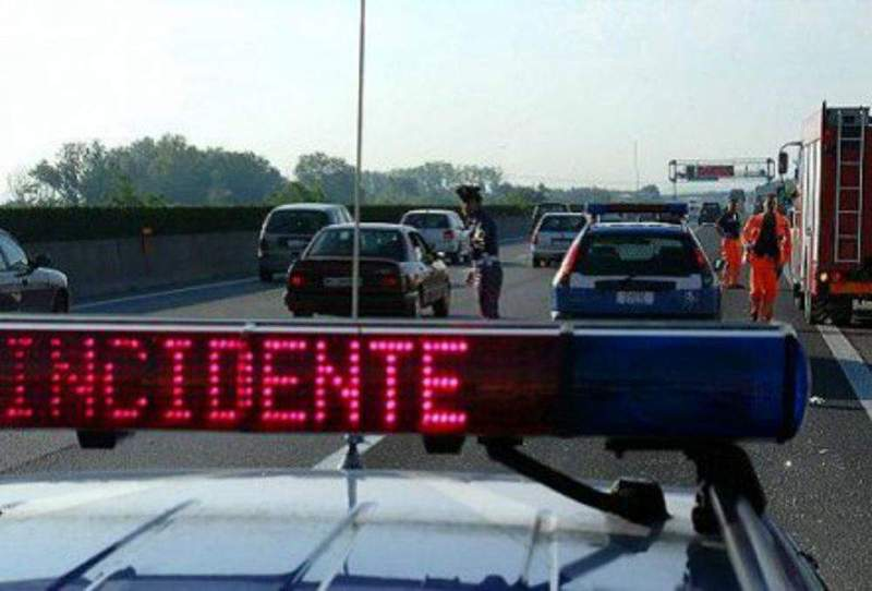 INCIDENTE A VIGONZA, LUNGHE CODE IN AUTOSTRADA A4