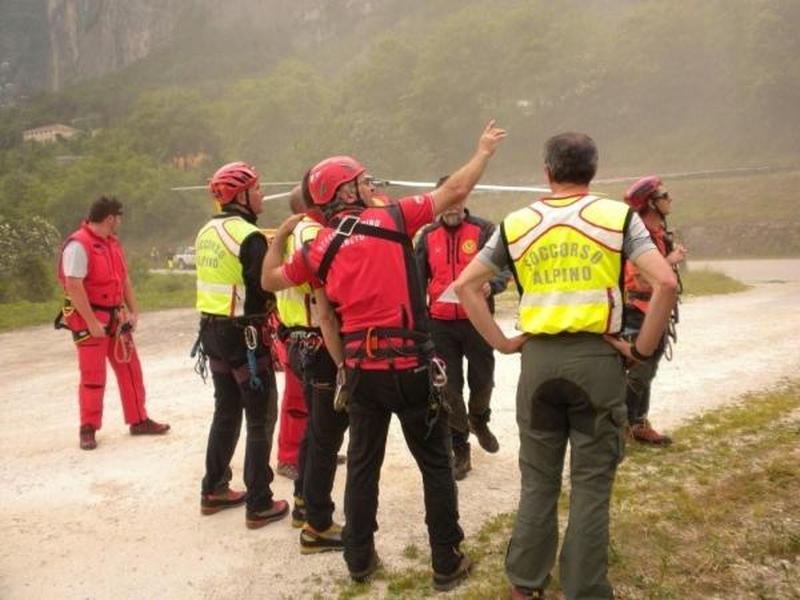 incidenti-montagna-anziano-cade-e-muore