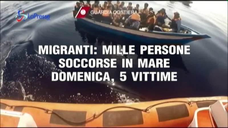 MIGRANTI: 1000 PERSONE SOCCORSE IN MARE DOMENICA, 5 VITTIME