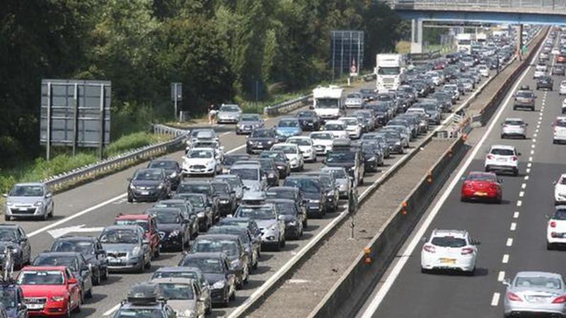 SCONTRO TRA TIR IN A4, 7 KM DI CODA VERSO MILANO