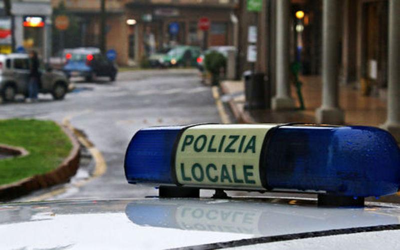 VANDALI ALLA STANGA: CONTROLLI DELLA POLIZIA LOCALE