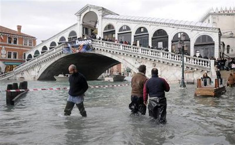 venezia-marea-tocca-i-98-centimetri-domani-previsti-105