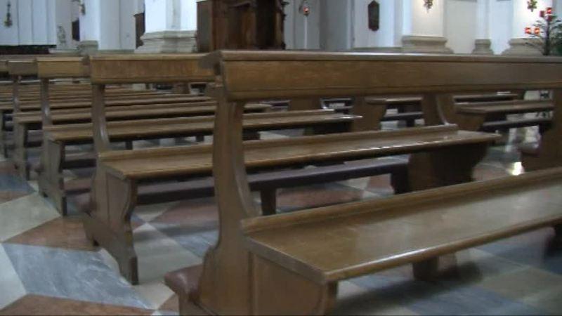 Il timido ritorno nelle chiese, ma mancano le famiglie