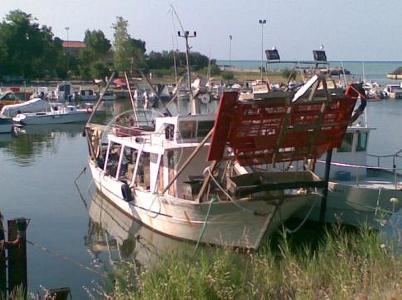 gdf-venezia-scoperti-pescatori-di-frodo-con-turbosoffianti