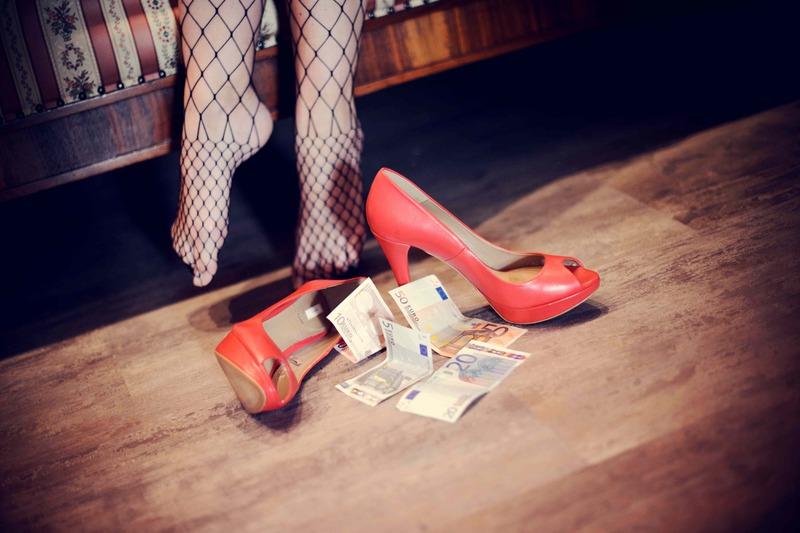 impiegata-si-prostituiva-in-appartemento-a-saonara