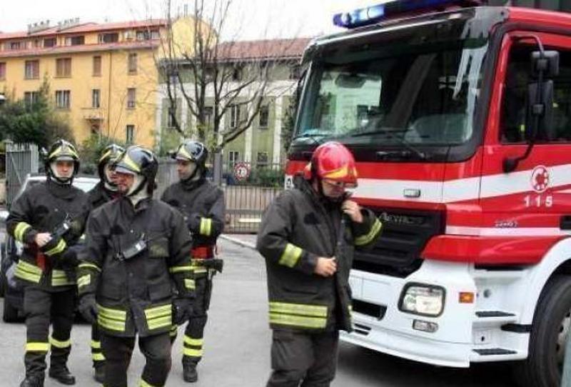 incendi-in-fiamme-a-venezia-una-palazzina-di-quattro-piani