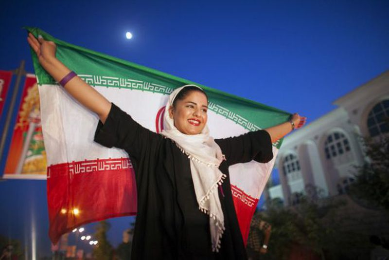 IRAN, TROVATO ACCORDO SUL NUCLEARE TEHERAN IN FESTA