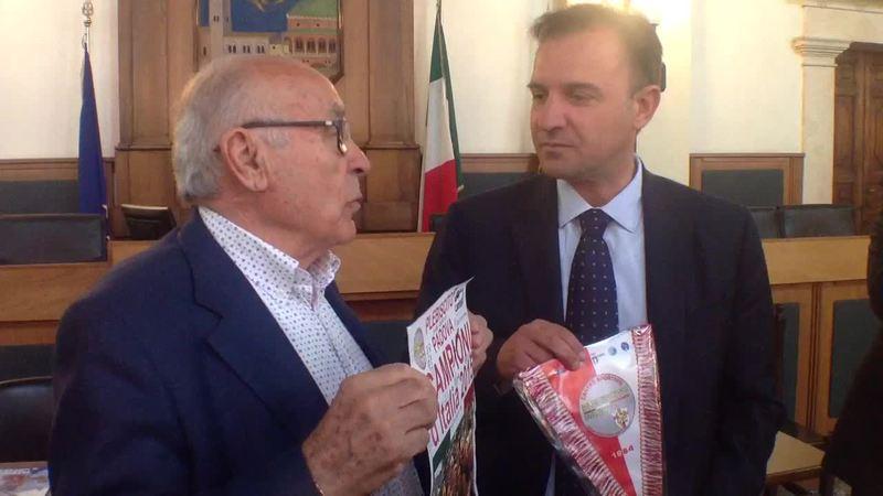 L'AMMINISTRAZIONE INCONTRA LE CAMPIONESSE DELLA PALLANUOTO