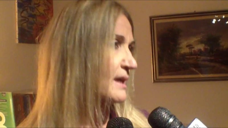 MALMENATO IN CENTRO A PADOVA, NELL'INDIFFERENZA DEI PASSANTI