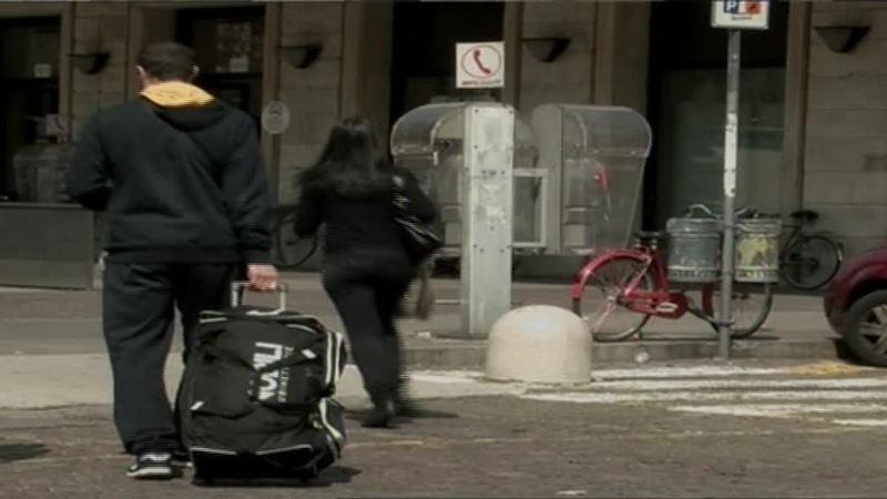 RITIRATELO: CENTRI ANTIVIOLENZA DONNE RISCHIANO LA CHIUSURA