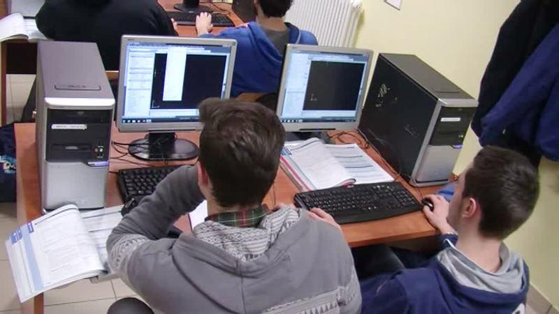SCUOLA: A RISCHIO LA CONTINUITA' DIDATTICA DEGLI STUDENTI