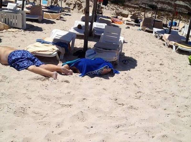 TUNISIA, ATTACCO TERRORISTICO IN SPIAGGIA