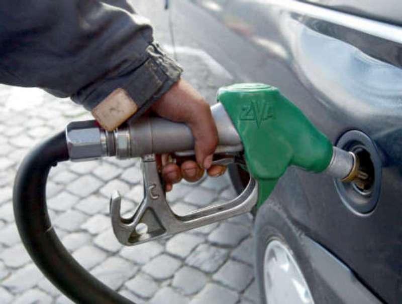 BENZINA: AUTOVIE, ONLINE I PREZZI DEI CARBURANTI