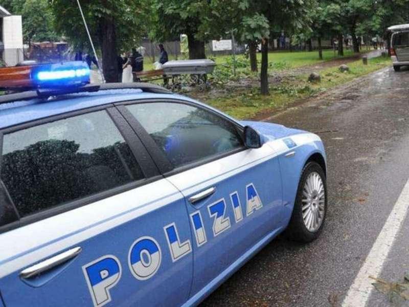 CRIMINALITA': VERONA; POLIZIA SEQUESTRA ARMI, 4 ARRESTI