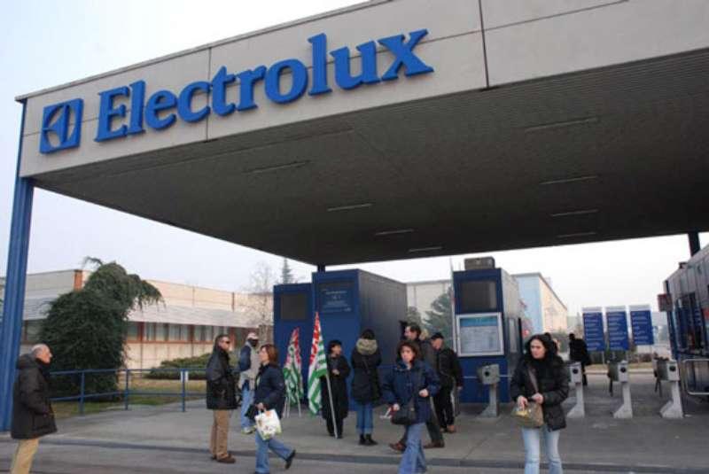 ELECTROLUX:SUPERATO SCOGLIO CONSOLIDAMENTO FABBRICHE