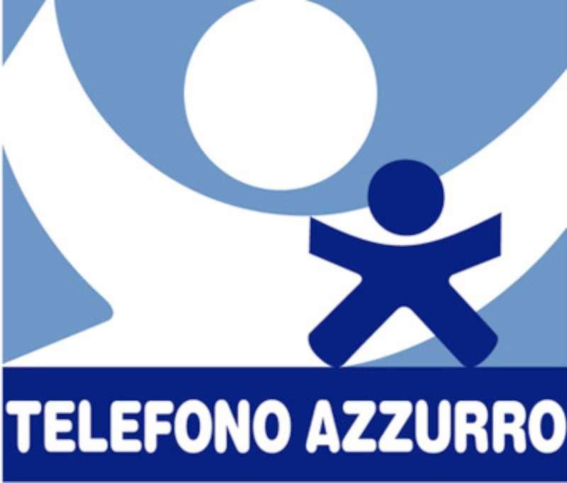 INFANZIA: TELEFONO AZZURRO NELLE PIAZZE PER CHIEDERE AIUTO