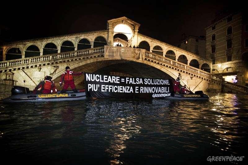 VENEZIA: VOTA SI' PER FERMARE IL NUCLEARE