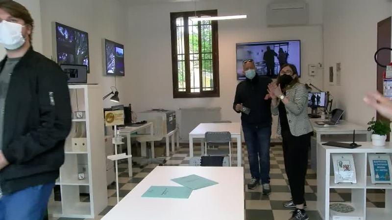 aperto-il-laboratorio-digitale-in-zona-palestro
