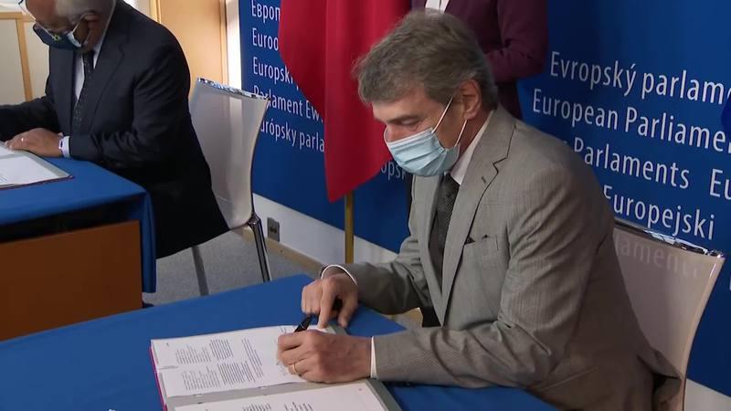 firmato-il-regolamento-sul-green-pass-europeo